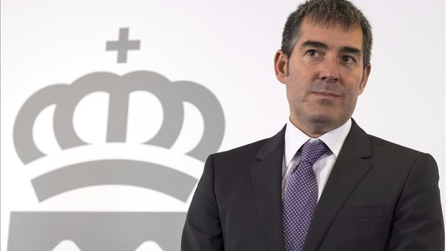 Clavijo anuncia que Canarias afronta un ahora o nunca donde no caben lamentos