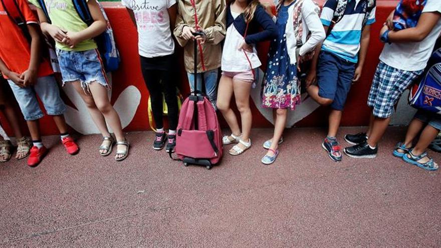 El 39,2 % de los alumnos desfavorecidos saca mejores notas de las esperadas
