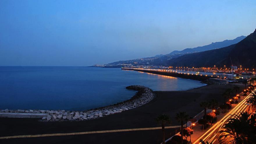 Zona sur de la nueva playa de Santa Cruz de La Palma. Foto. JOSÉ AYUT.
