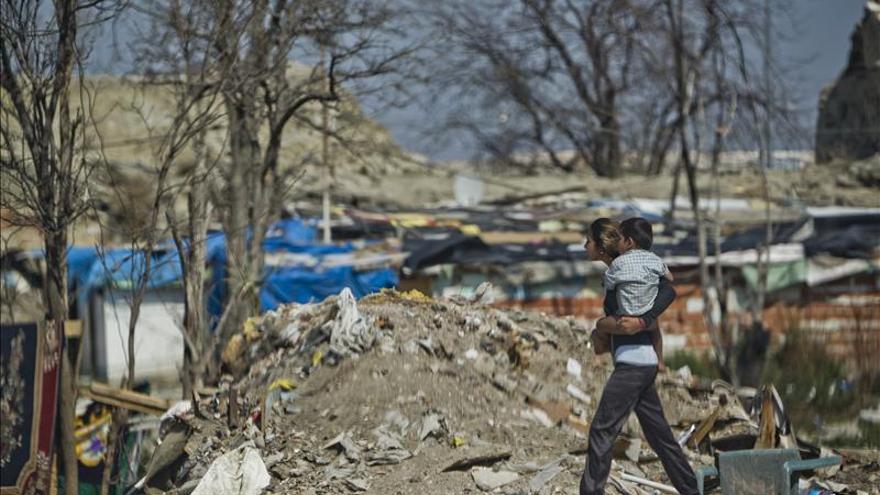 Cuatro grupos de trabajo buscarán solución al problema social de  Cañada Real