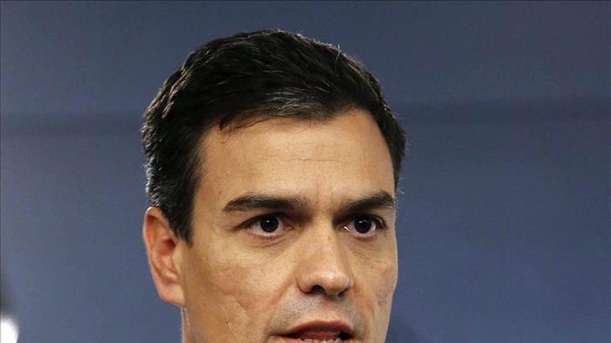 Sánchez dice que tiene que ser el Gobierno y no el Rey quien resuelva lo de Cataluña
