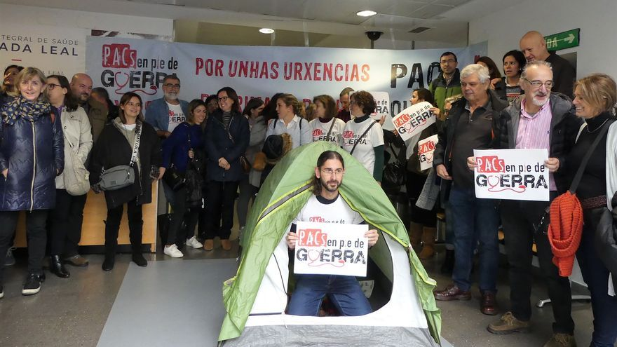 Personal de los PAC gallegos, en una movilización