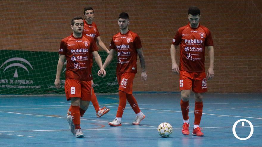 Jugadores del Bujalance tras un gol en contra