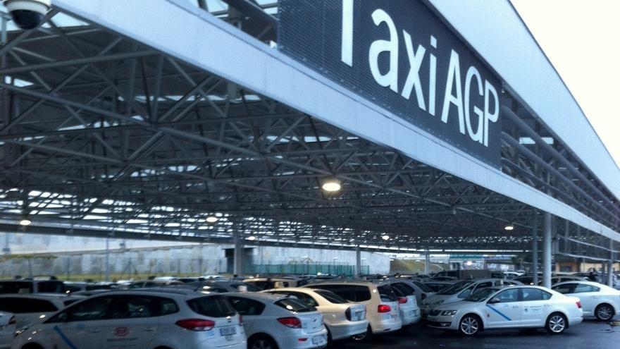 """Hoteleros critican la huelga de taxis """"sin avisar"""": """"hacen un flaco favor a Málaga y a ellos mismos"""""""