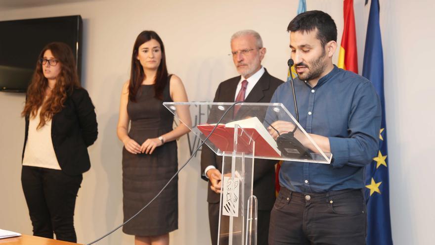 El conseller de Educación, Vicent Marzà, y la consellera de Educación, Carmen Montón