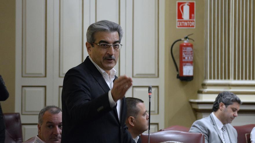 Nueva Canarias (NC) insiste en que Clavijo se someta a una cuestión de confianza