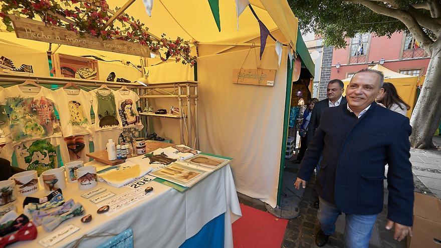 Efraín Medina, junto al alcalde lagunero José Alberto Díaz, en una imagen de archivo