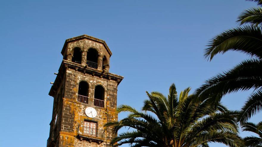 Torre de la Concepción, uno de los símbolos de la ciudad tinerfeña de La Laguna. VIAJAR AHORA