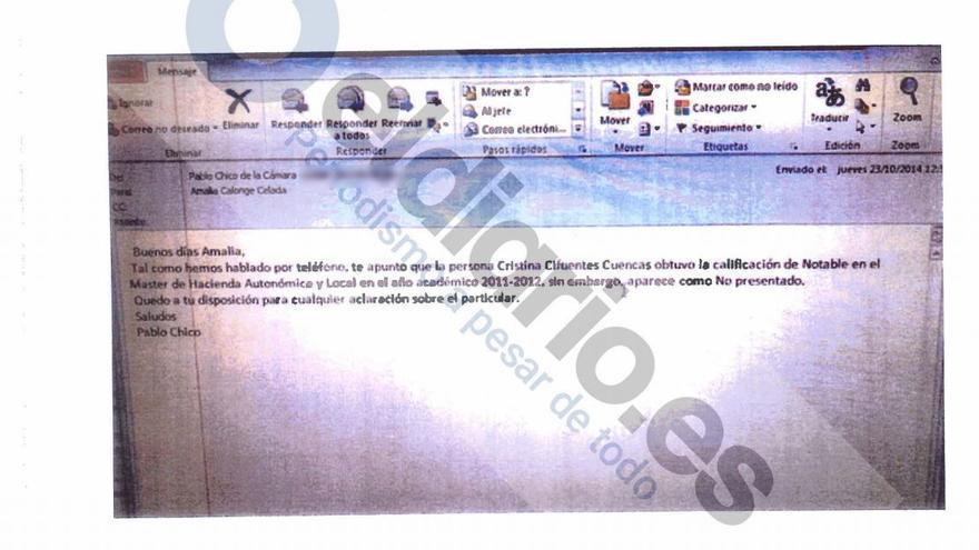 Fotografía de un supuesto email del profesor Jaime Chico aportado por Cifuentes