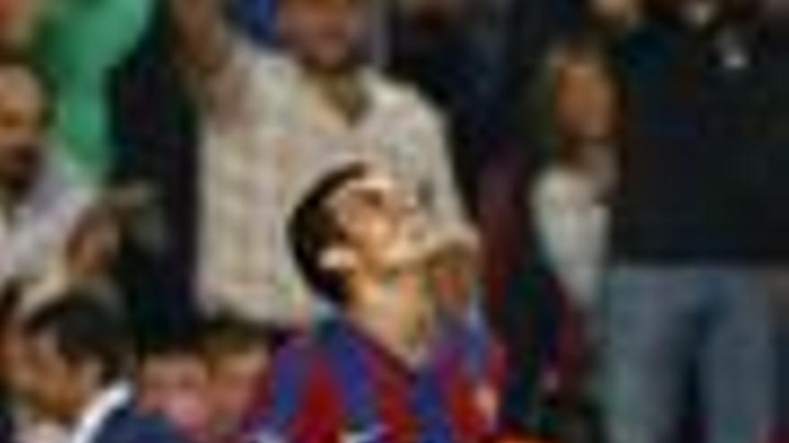 Pedro permite al Barça acariciar los octavos de final