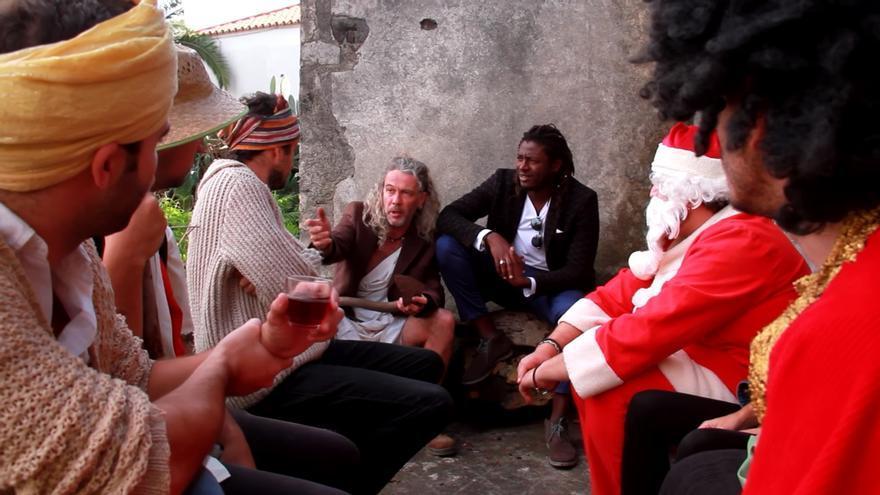 Captura de pantalla de una escena del vídeo.