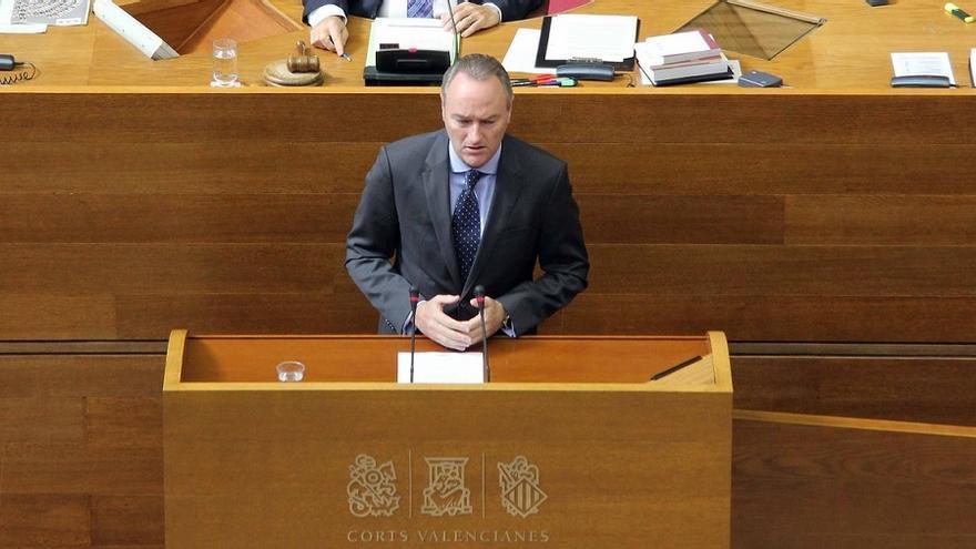 Alberto Fabra durante la sesión de las Corts
