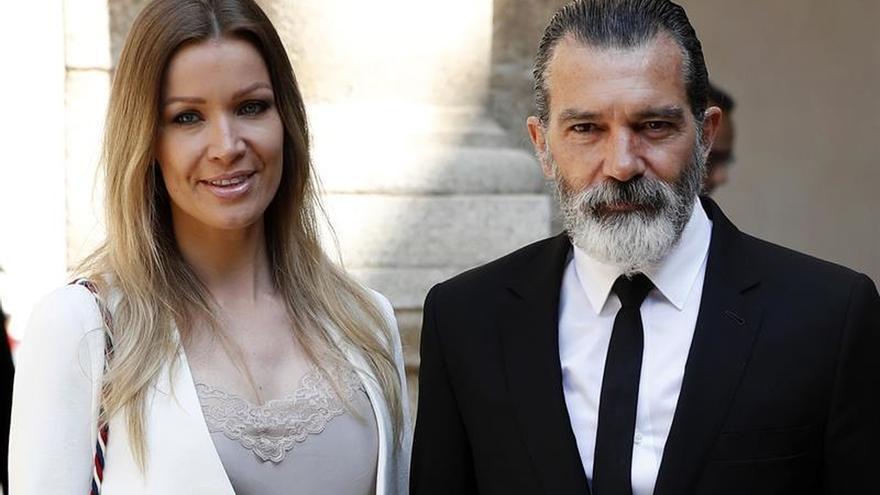 Antonio Banderas, con Nicole Kimpel, en una imagen reciente
