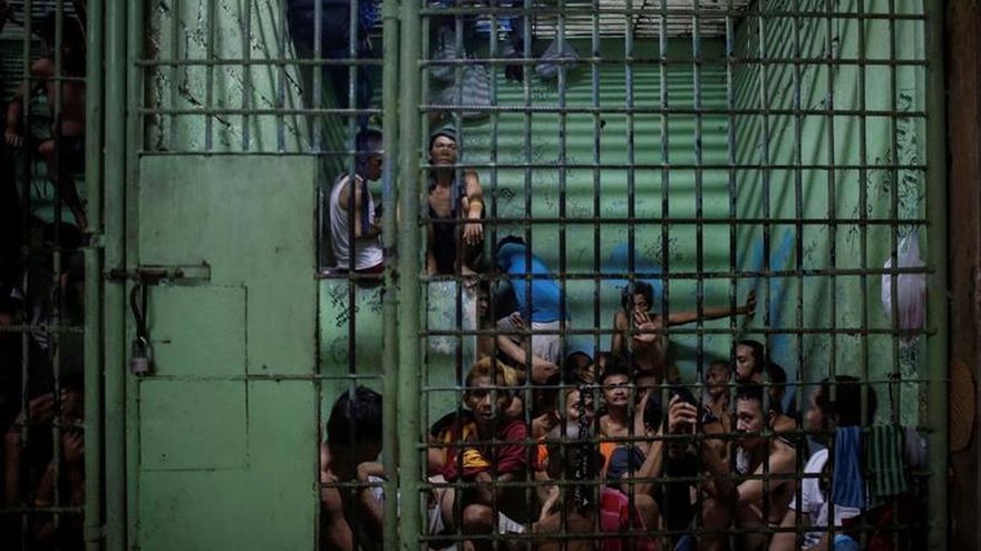 Un 84 por ciento de filipinos apoya la guerra contra las drogas de Duterte