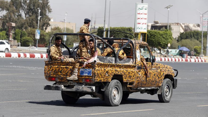 Hutíes aseguran haber atacado con cuatro drones la capital de Arabia Saudí