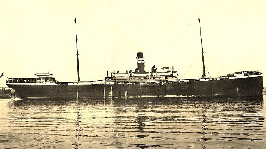 Imagen del célebre vapor Valbanera.