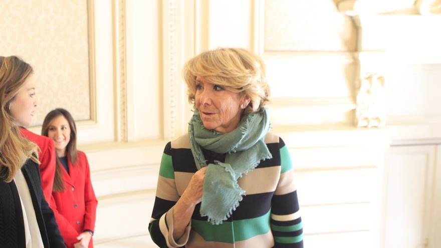 """Esperanza Aguirre aclara que si no es alcaldesa no tiene ningún """"compromiso"""" de dejar la Presidencia del PP de Madrid"""
