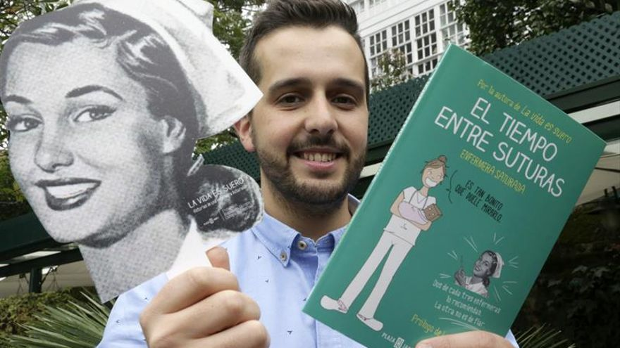 """Héctor Castiñeira: """"El humor es imprescindible para vivir como enfermero"""""""