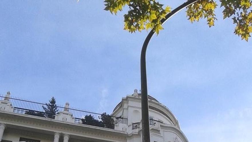 Santamaría comparte con Rajoy la cartelería electoral en las calles de Madrid
