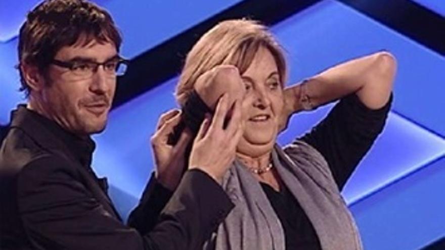 Juanra Bonet, sorprendido y 'abroncado' por su madre en pleno '¡Boom!'