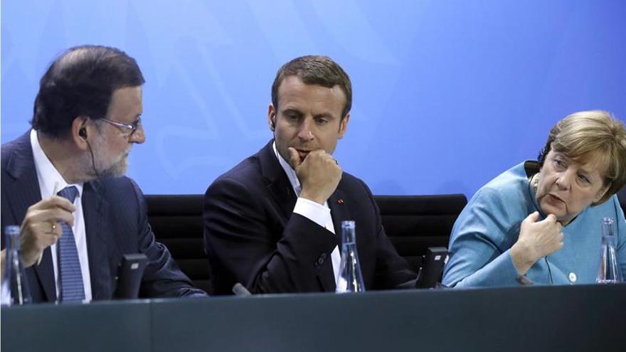 """Merkel y Macron defienden un """"diálogo intenso"""" con EEUU pese a las discrepancias"""