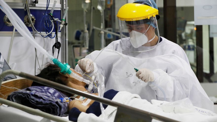 Colombia tiene la cifra más baja de muertes en tres meses y menos contagios