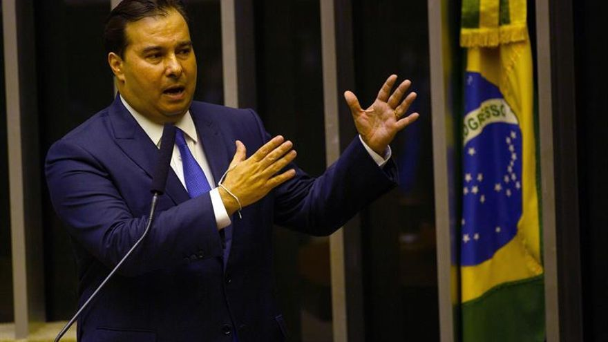 En la imagen el presidente de la Cámara de Diputados de Brasil, Rodrigo Maia.