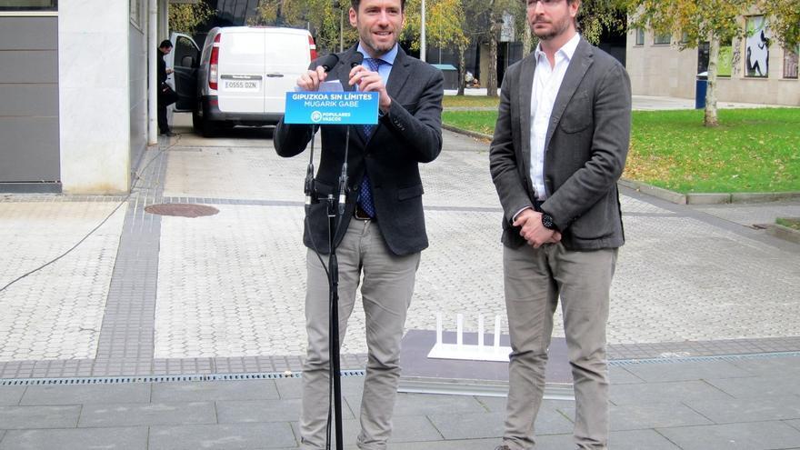 """Maroto (PP) advierte de que votar a Ciudadanos es """"dar oportunidad"""" de que PSOE y Podemos gobiernen"""