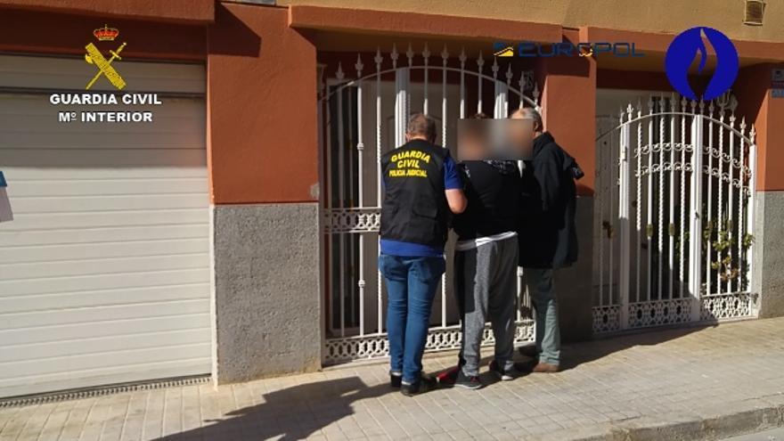 En la operación se han detenido 6 personas en las localidades valencianas y 6 en Bélgica