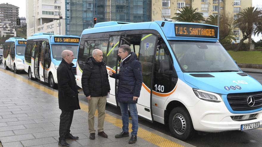 El TUS incorpora tres nuevos microbuses que cubrirán la línea 16