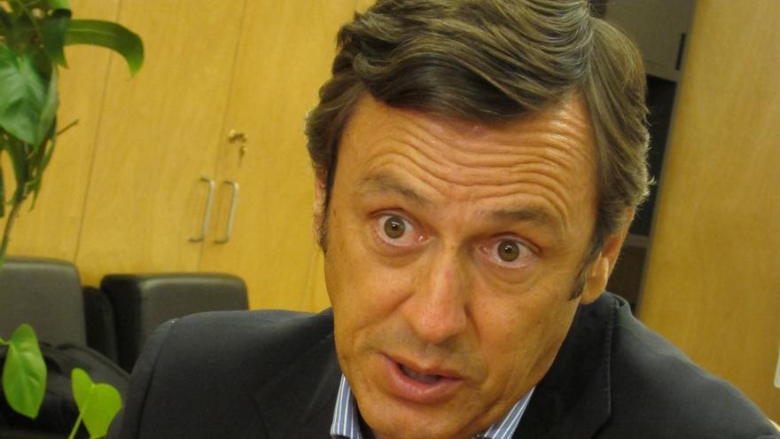 """PP ve """"patético"""" que algunos """"energúmenos"""" insultasen a Rato en el 'Parlament' y le exculpa de la venta de preferentes"""