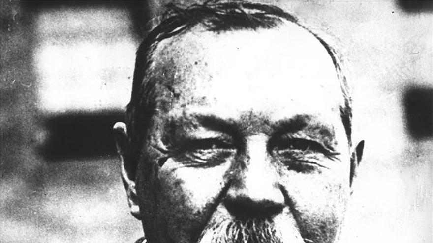 Publican una obra sobre Sherlock para salvar la casa de Conan Doyle