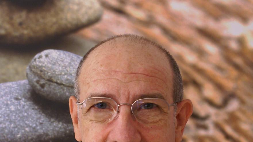 Vicente Simón, catedrático de Psicobiología de la Universitat de València