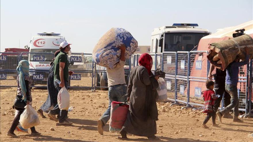 Canadá solo aceptará mujeres, niños y familias como refugiados sirios