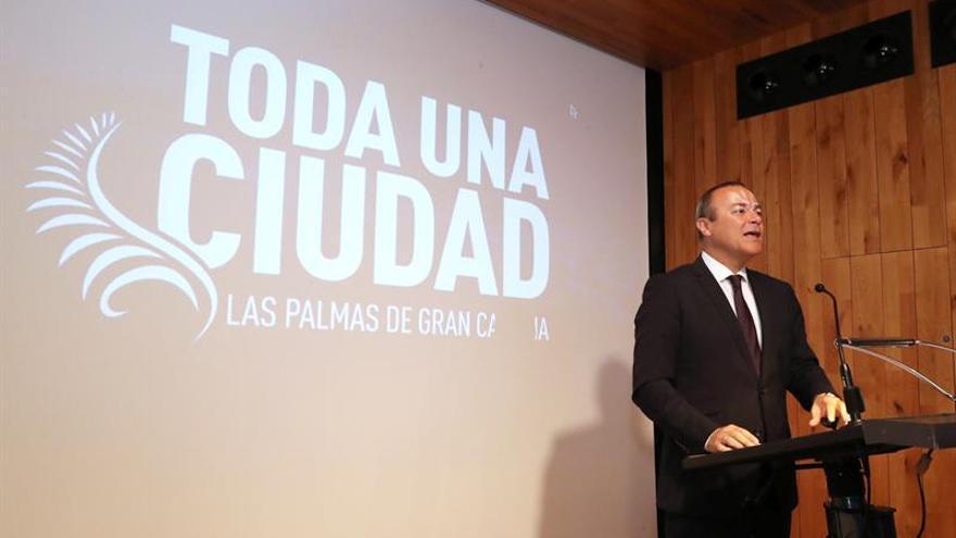 El alcalde de Las Palmas de Gran Canaria, Augusto Hidalgo (PSOE), en el foro que organiza Canarias 7 durante su conferencia sobre su visión del futuro de la ciudad.