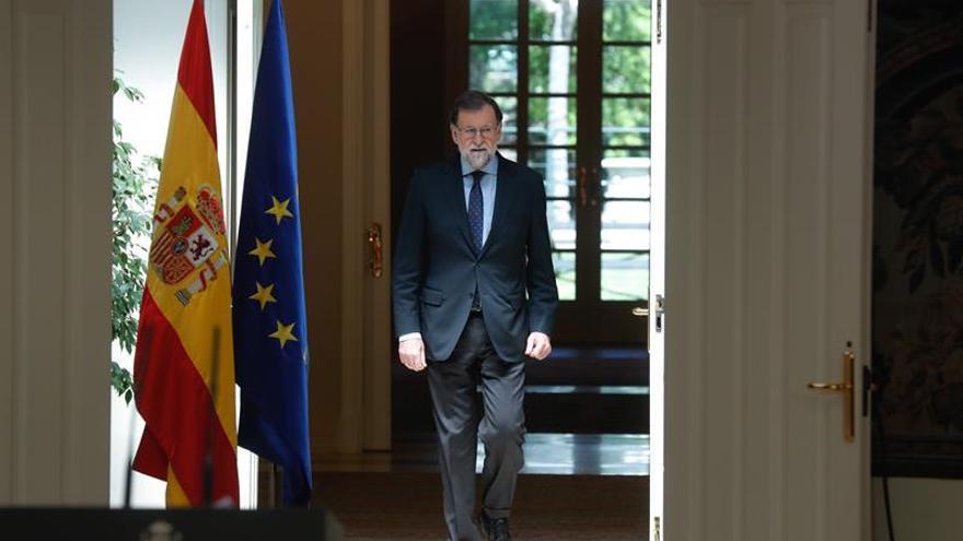 Rajoy convoca Consejo extraordinario para recurrir al TC la ley de Presidencia