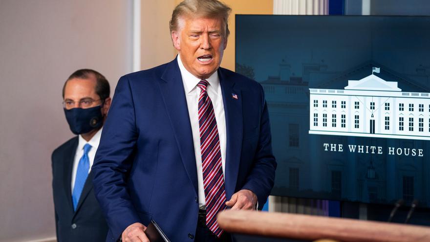"""Trump denuncia una """"conspiración"""" para retrasar la vacuna contra la covid hasta después de los comicios"""
