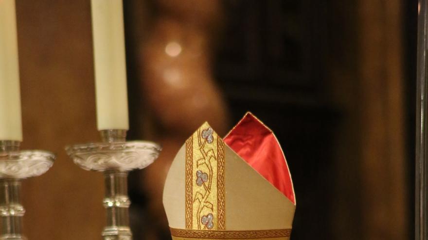 Lambda denuncia al cardenal Antonio Cañizares