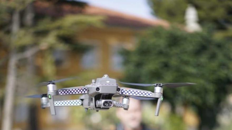 Uno de los drones de la Policía Local