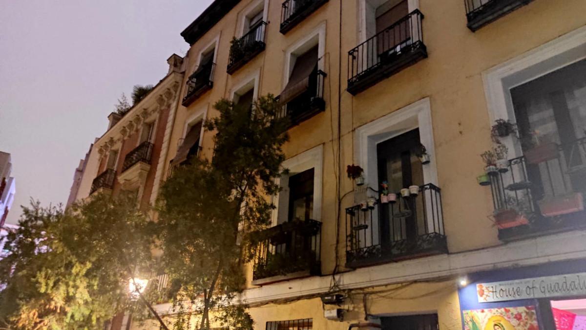 Número 5 de la calle Libreros, donde presumiblemente estaría el balcón donde Bécquer vio por vez primera a Julia Espín