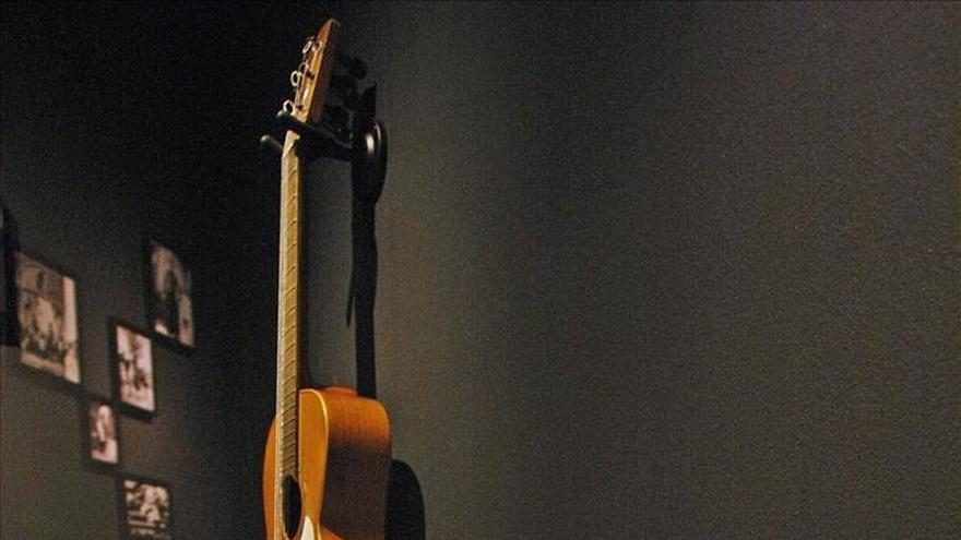 'Paquito el Chocolatero' y sus instrumentos, exhibidos juntos por primera vez en Alicante