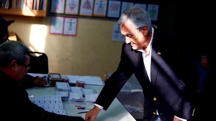 Conservadores e izquierda celebran las primarias en Chile de cara a las presidenciales
