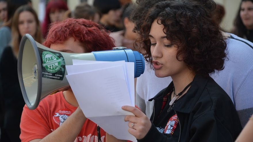 Concentración estudiantil. Huelga Feminista 8M Murcia (06)