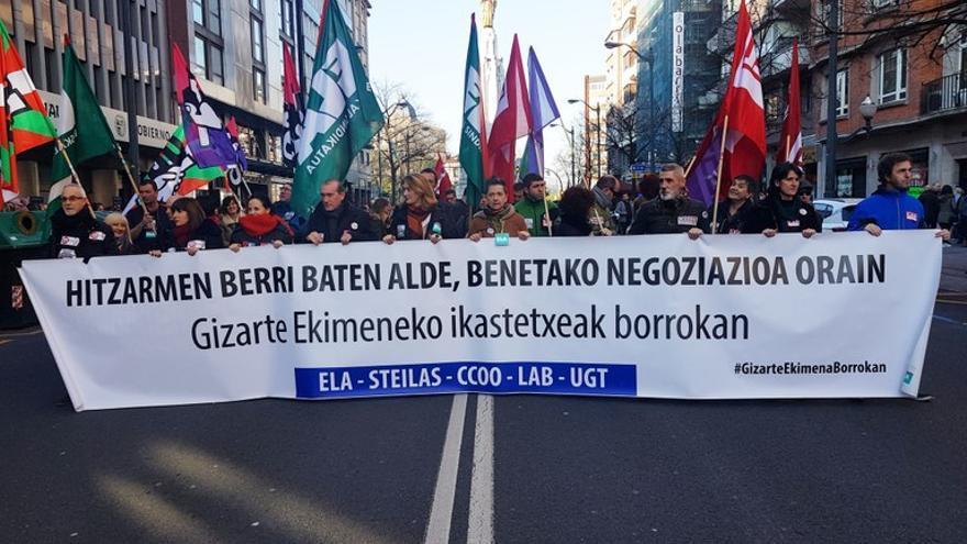 Protesta de los docentes de la red concertada. Foto: ELA