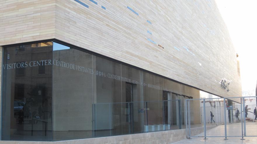 El edificio del Centro de Visitantes de Córdoba permanece cerrado desde que se terminó hace ahora un año.