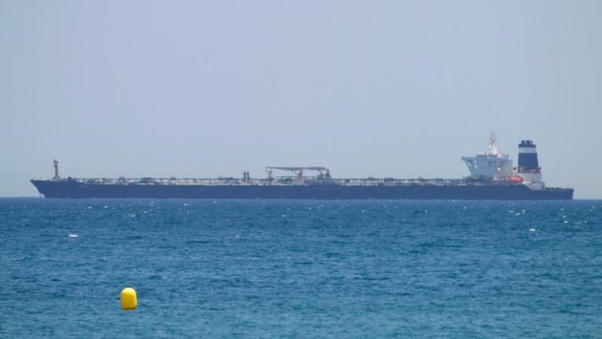 Gibraltar prorroga treinta días la detención del petrolero iraní