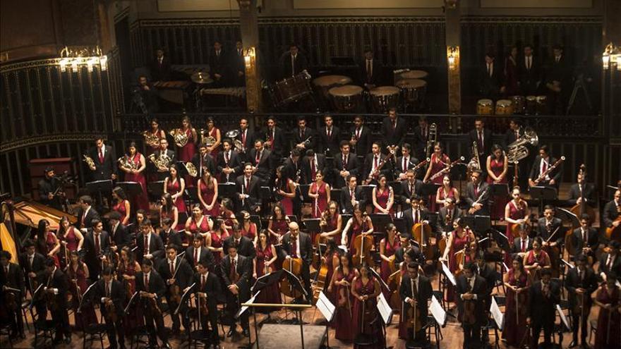Hungría ovaciona a apasionados músicos de Sinfónica Juvenil de Caracas