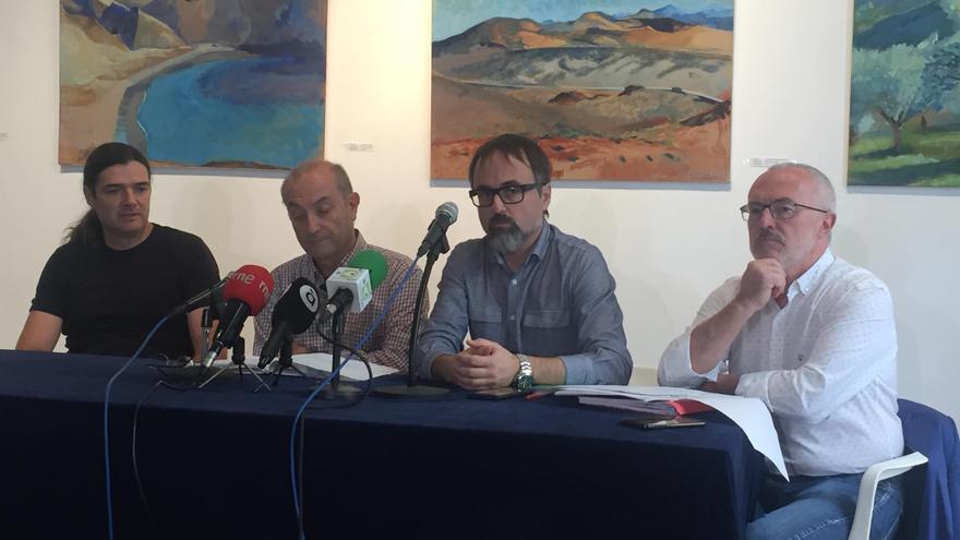 Los representantes de la Comisión Ciutat-Port