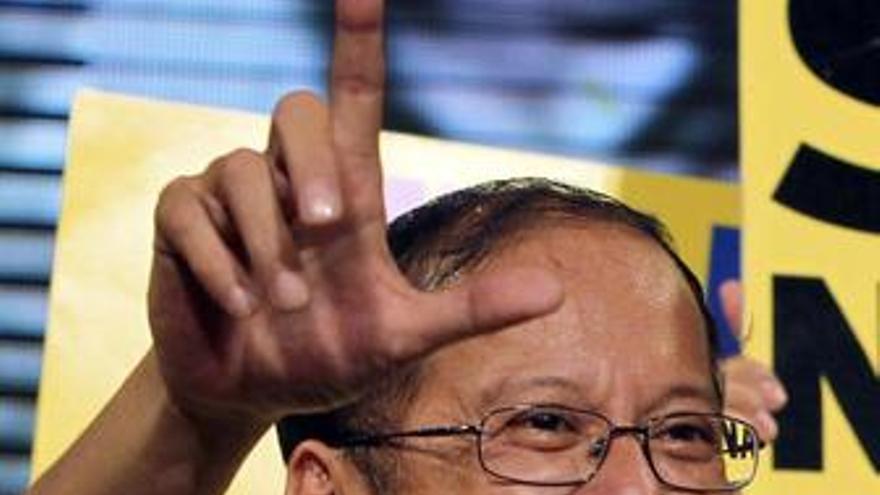Benigno Aquino, candidato en Filipinas