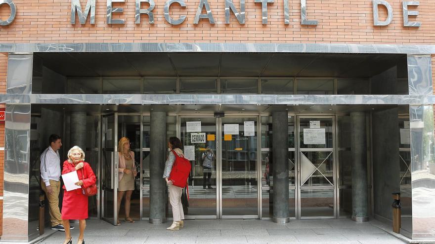 Las empresas españolas cierran en negativo por primera vez desde 2002